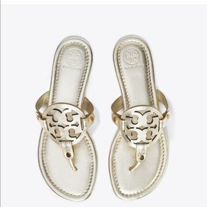 Tory Burch gold Millers sz7 PERFECT CONDITION!